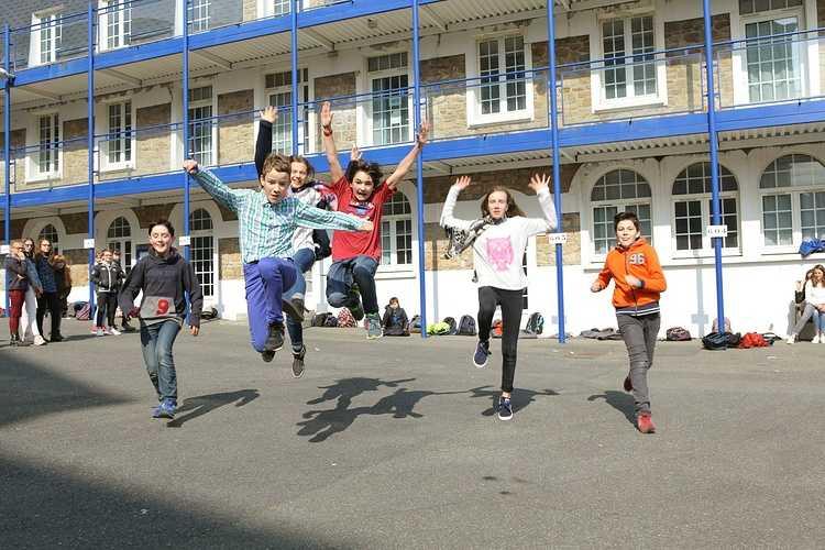 Groupe scolaire Saint-Charles - La Providence - St Brieuc: reprise du site Internet 0