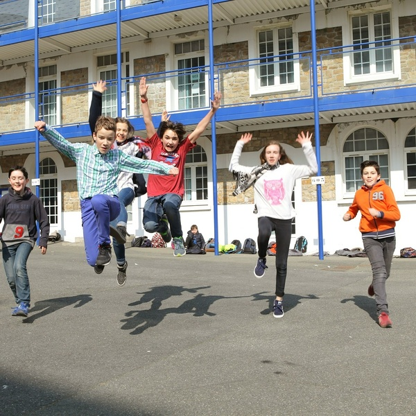 Groupe scolaire Saint-Charles - La Providence - St Brieuc: reprise du site Internet